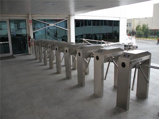 mẫu cổng soát vé thường được sử dụng