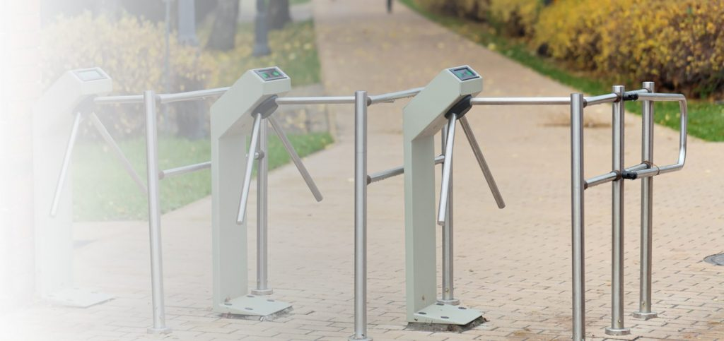 Lắp đặt cổng xoay tripod soát vé tự động